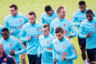 Oranje traint zonder Strootman en Sneijder