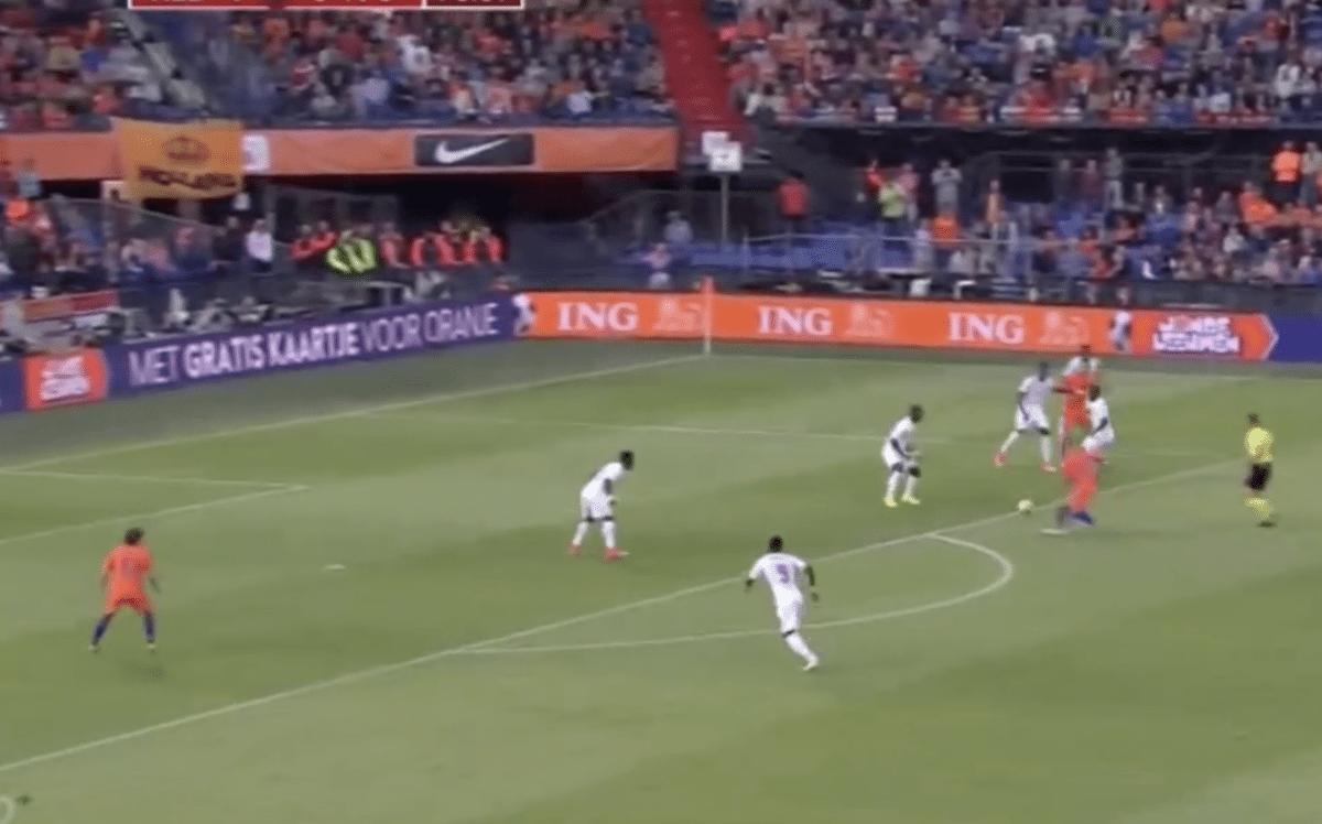 VIDEO: Ook Janssen pikt doelpunt mee en maakt 5-0