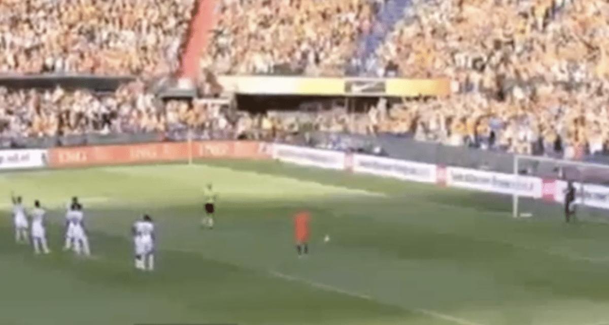 VIDEO: Robben scoort vanaf penalty-stip