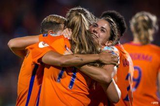 OranjeLeeuwinnen met perfecte score naar kwartfinale