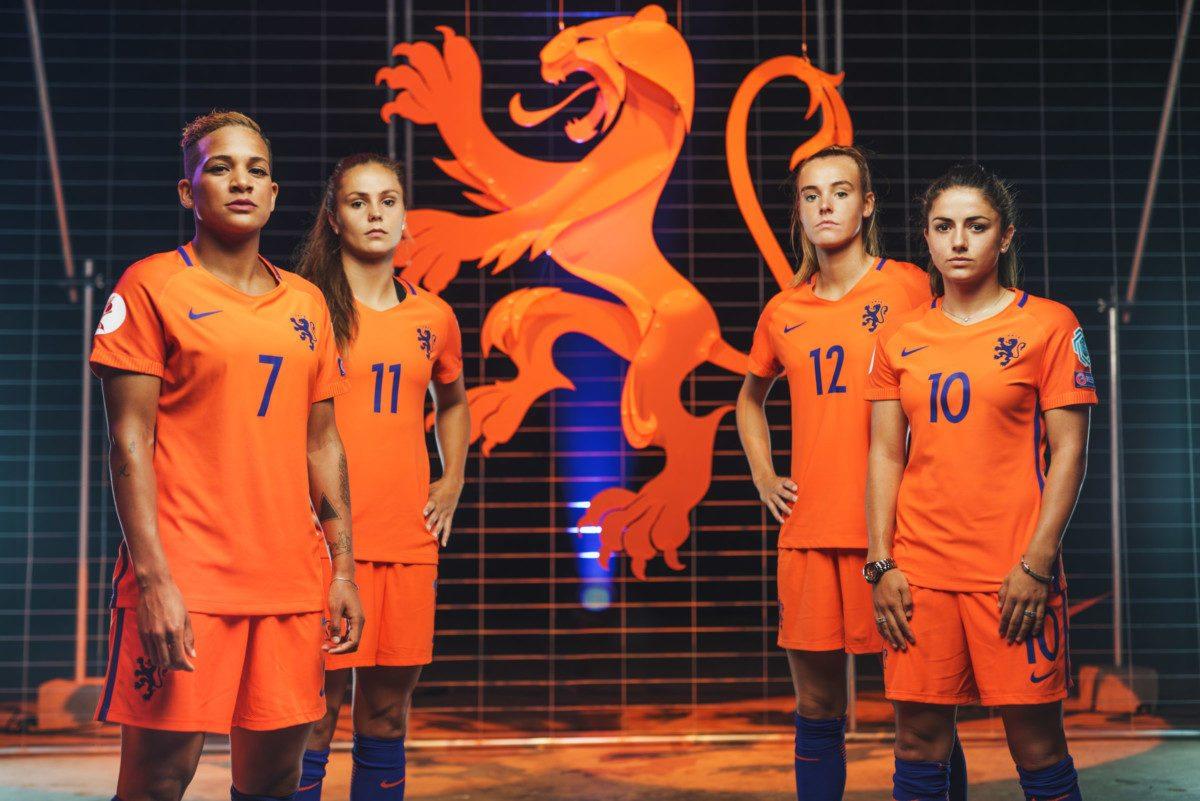 OranjeLeeuwinnen voortaan zonder leeuw