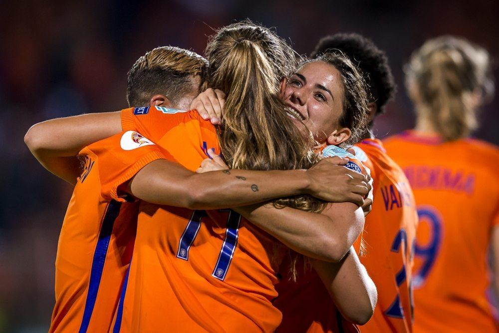 Huldiging in Utrecht bij winst OranjeLeeuwinnen