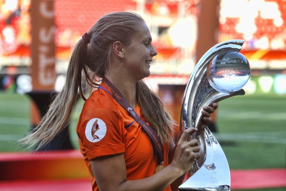 Wiegman en Martens nog altijd kanshebbers FIFA-prijs
