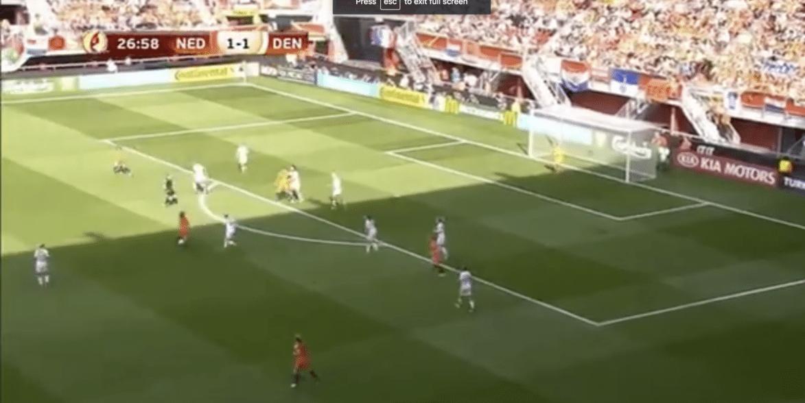 Martens zet Oranje op voorsprong, maar Denemarken maakt snel gelijk