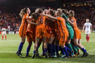 Unicum voor Leeuwinnen na doelpuntloos gelijkspel tegen IJsland