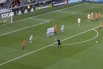 Spitse zet Oranje voor tweede keer op voorsprong