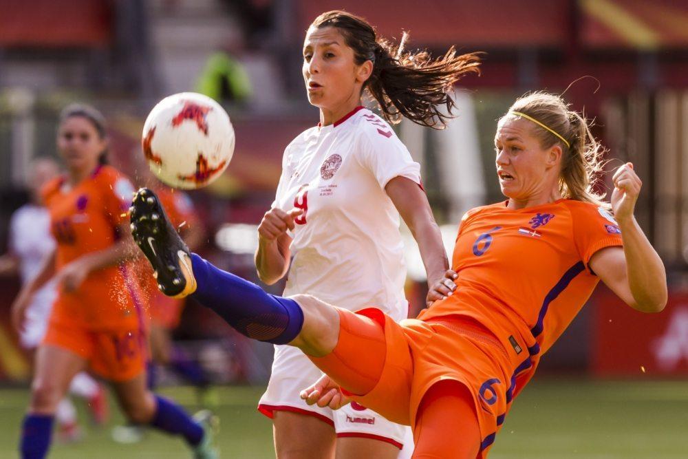 Live: OranjeLeeuwinnen - Denemarken