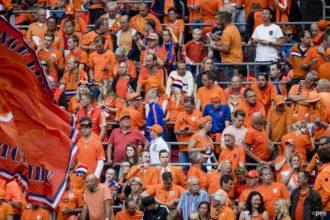 'Minstens 12.000 fans bij EK-duels Oranje'