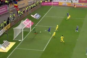 Babel zet Oranje op 0-2 in Boekarest