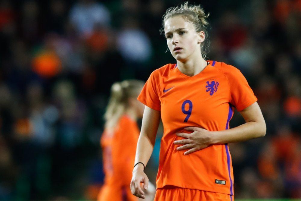 OranjeLeeuwinnen winnen met ruime cijfers van Slowakije