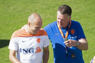 Robben zou het liefst 'type Van Gaal' zien