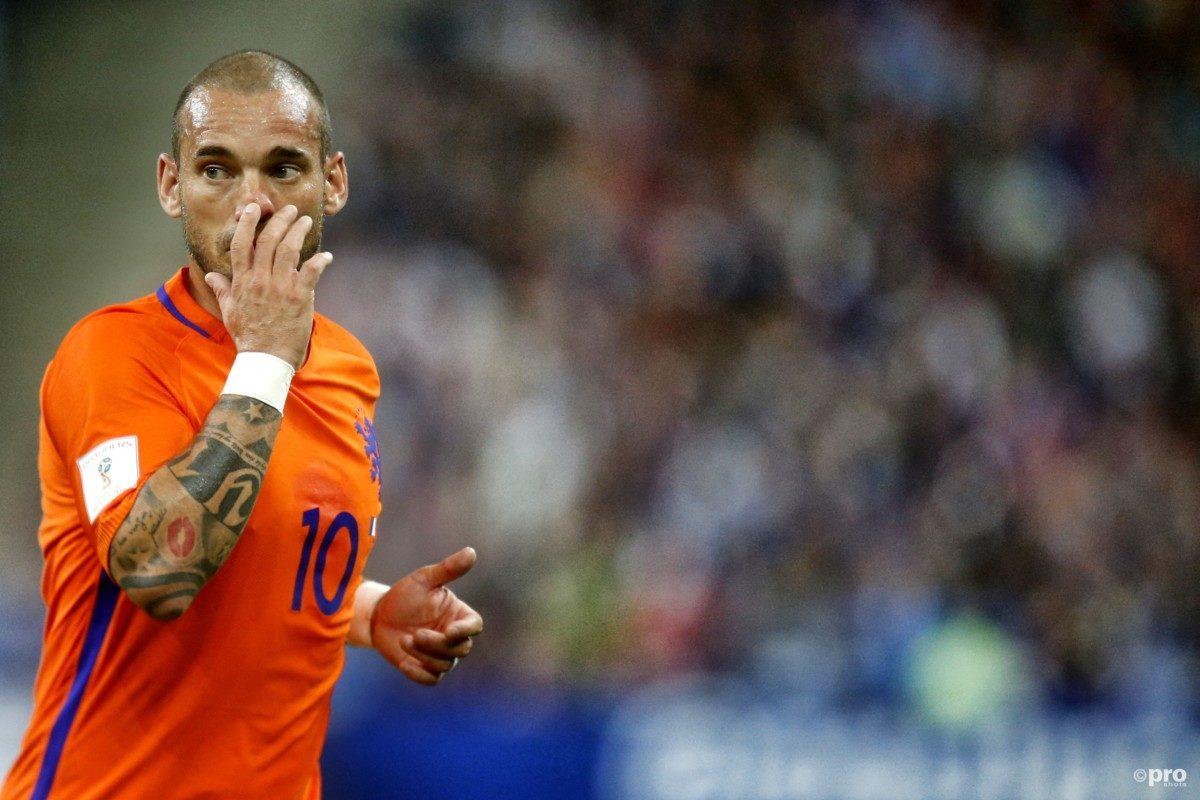 'Sneijder denkt nog altijd niet aan stoppen'