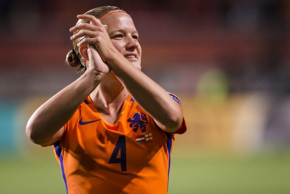 Voormalig Oranje-captain laat contract ontbinden