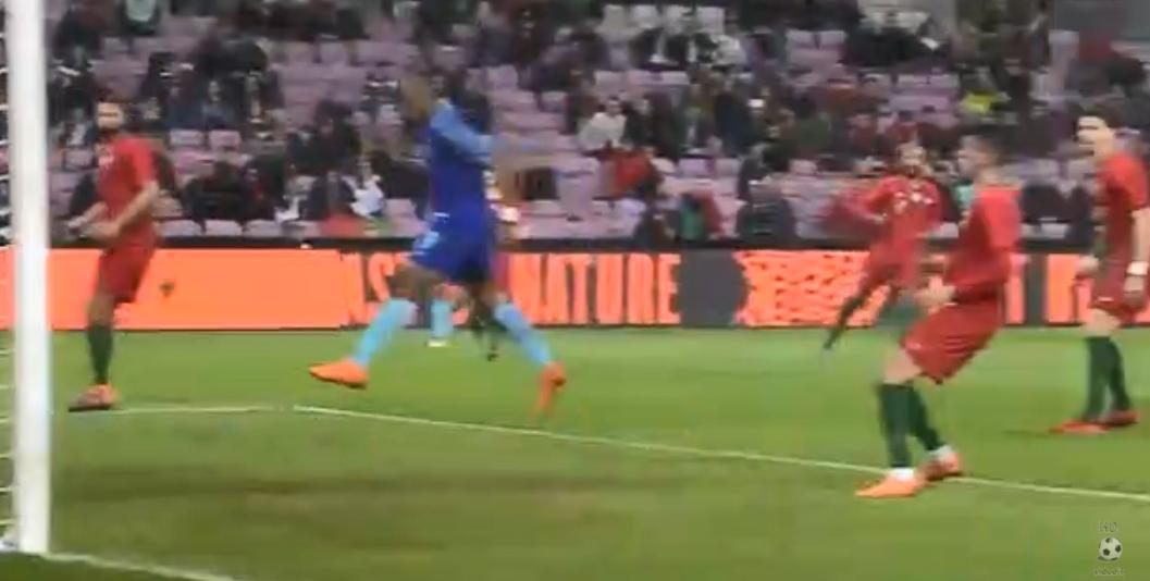 Geweldig doelpunt Babel zet Oranje op 2-0
