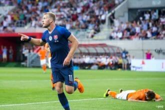 Voormalig Willem II'er zet Slowakije op voorsprong