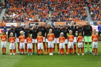Onze Leeuwinnen presteerden op het EK, maar hoe ging het in clubverband?