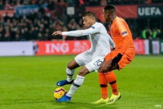 Dumfries laat klasse zien tegen wereldtopper Mbappé