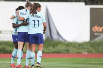 OranjeLeeuwinnen eindigen als elfde op Algarve Cup na penalty's