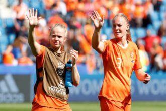 OranjeLeeuwinnen zonder Van der Gragt tegen Kameroen