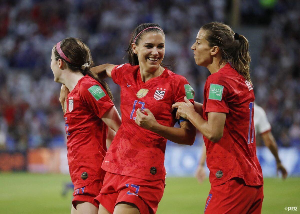 Leeuwinnen spelen tegen de Verenigde Staten
