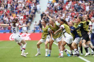 Samenvatting Verenigde Staten - Oranje Leeuwinnen (2-0)