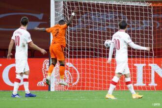 Bergwijn zet Oranje met eerste goal op 1-0