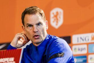 De Boer: 'Robben op dit moment niet aan de orde'