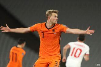 'Oranje komt morgenavond met statement'
