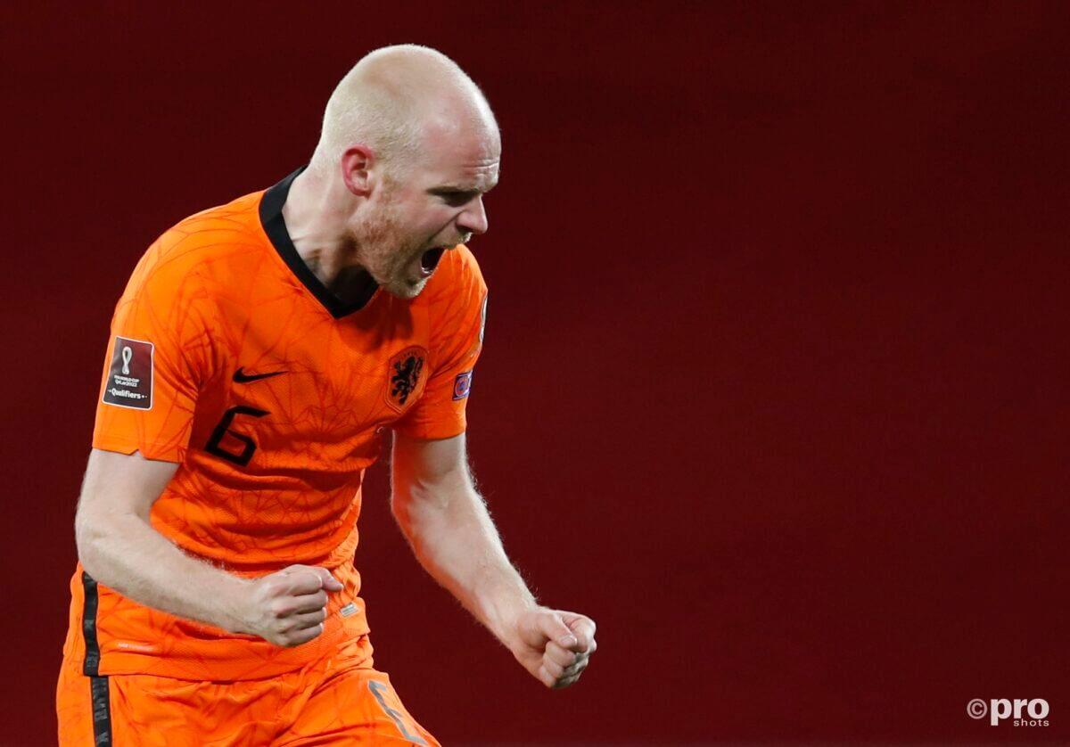 Klaassen na zijn goal tegen Turkije