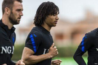 Ook Aké sluit aan bij Oranje-training