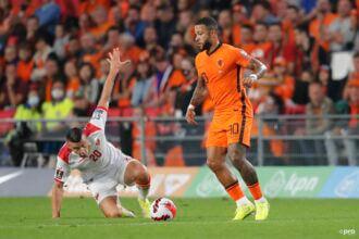 Memphis knalt Oranje met penalty op voorsprong