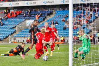 Oranje schiet weinig op met gelijkspel tegen Noorwegen