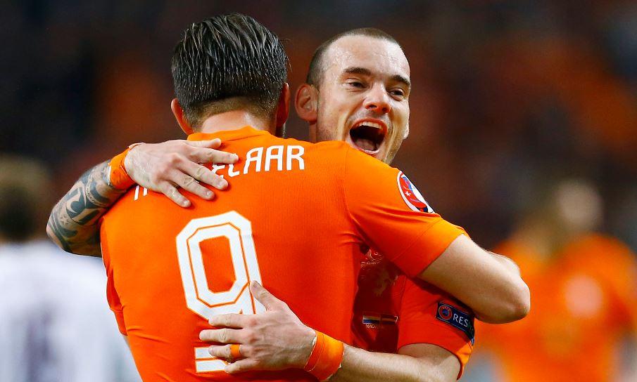 Sneijder en Huntelaar