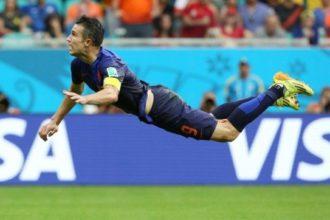 Van Persie ging geblesseerd naar het WK
