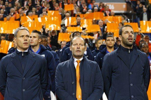 'Oranje naar de Kuip en Philips Stadion'