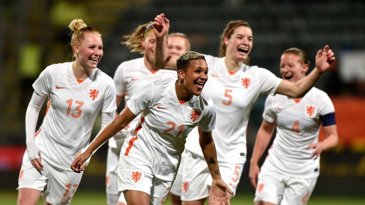 Oranje Leeuwinnen in zware poule op EK