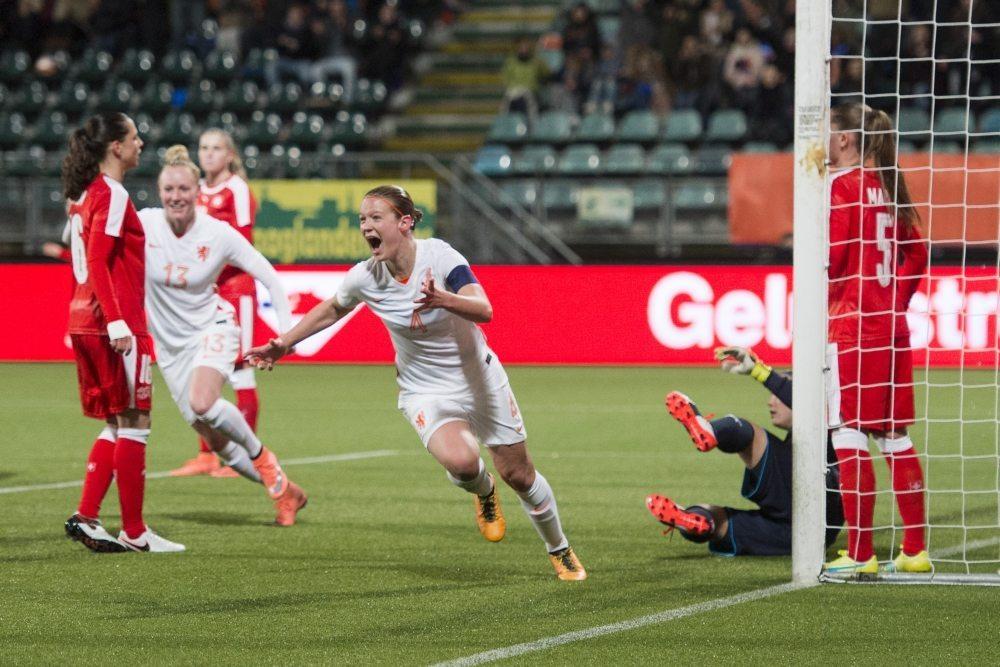 Oranje-vrouwen winnen van Zwitserland