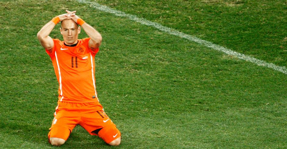 Arjen Robben baalt van gemiste kans Spanje