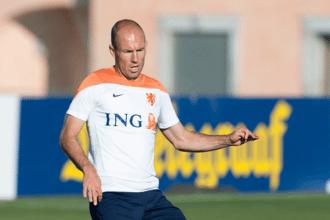 Arjen Robben in actie tijdens een training