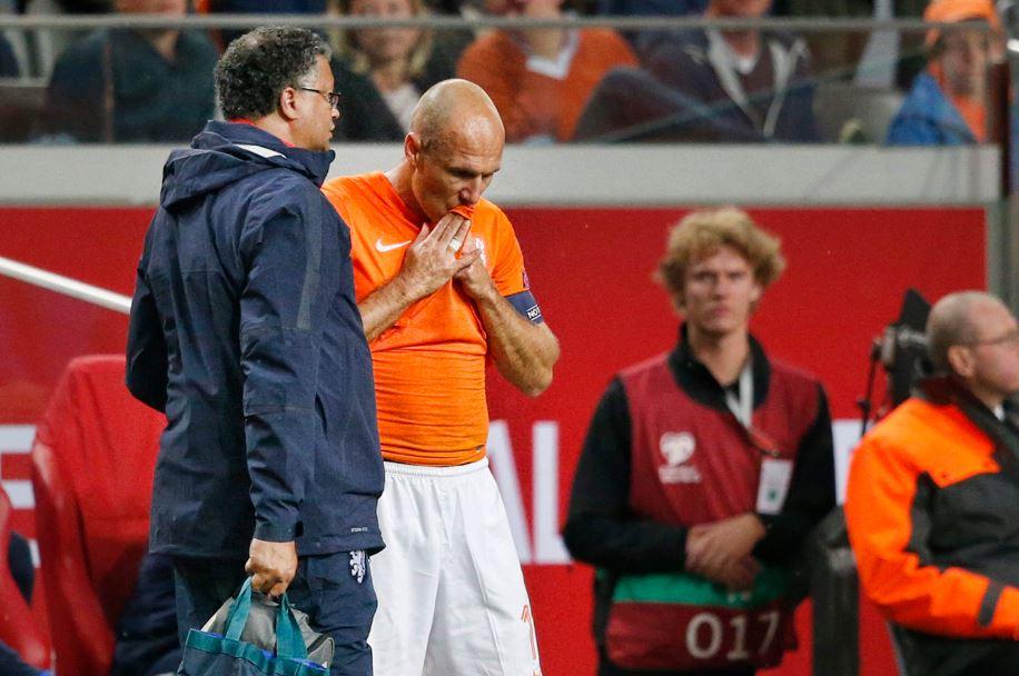 Arjen Robben vlak na zijn blessure