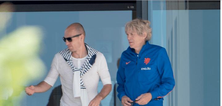 Arjen Robben in Portugal met zonnebril