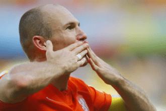 Robben voelt dat hij tegen WK-vorm aan zit