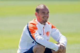 Wesley Sneijder glimlacht