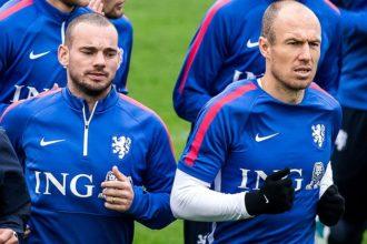 'Sneijder baalt van vele debutanten'