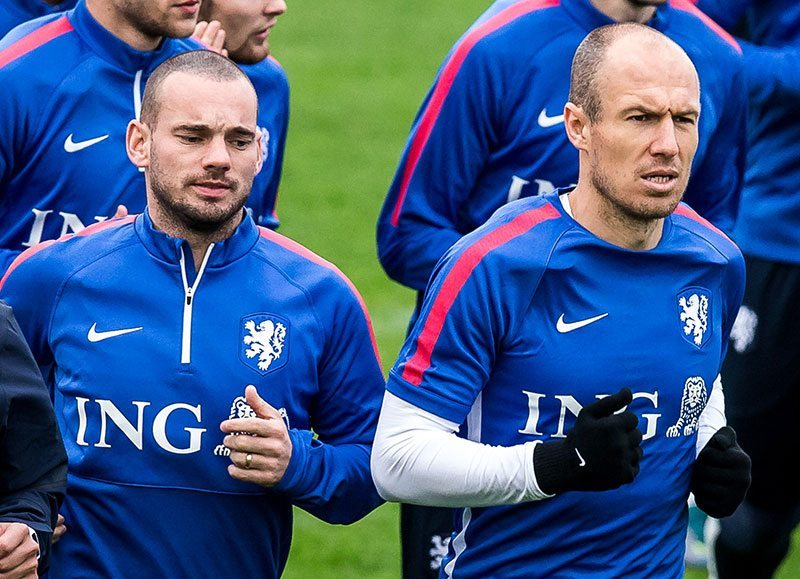"""Sneijder: """"Moet maar kijken of ik er überhaupt nog bij ben"""""""