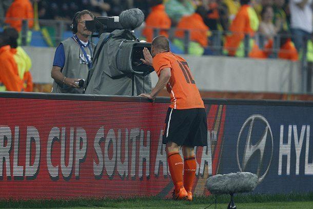 Vijf jaar geleden klopte Sneijder Brazilië