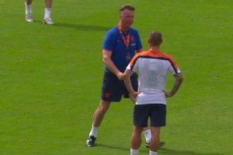 Woedende Van Gaal op de training