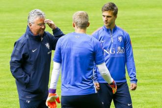 Guus Hiddink met veltman en Cillessen