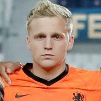 Portretfoto Donny van de Beek Nederlands elftal