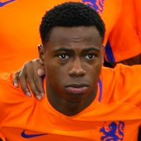 Portretfoto Quincy Promes Nederlands elftal